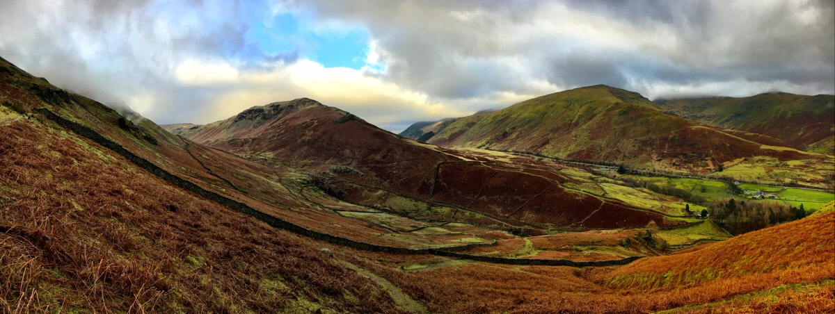From the saddle between Gibson Knott and Helm Crag