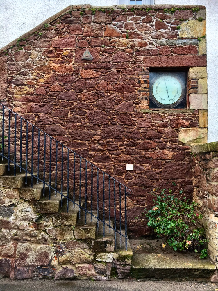 North Berwick - public barometer