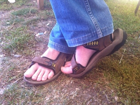 Staff feet